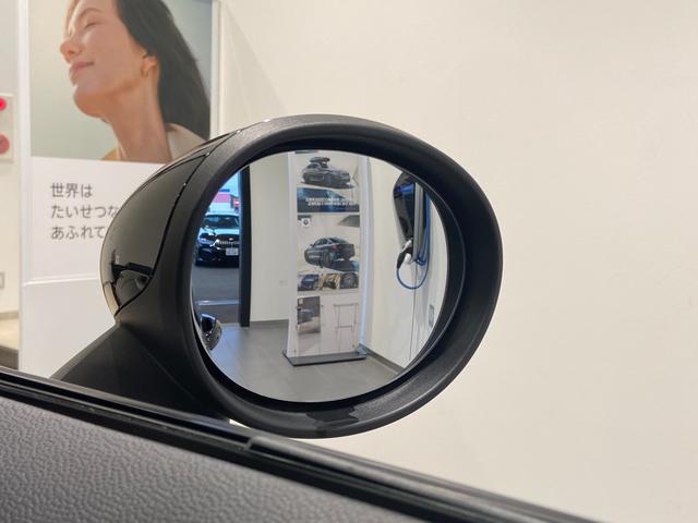 クーパーS エナジェティックスタイル 禁煙 17インチAW BLKホイール JCWステアリング ブラックジャックルーフ ボンネットストライプ 衝突軽減ブレーキ ETC搭載ミラー 純正HDDナビ LEDヘッドライト(28枚目)