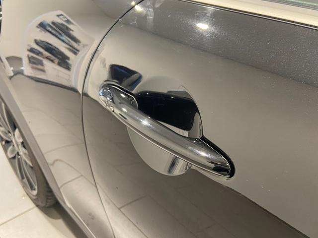 クーパーS エナジェティックスタイル 禁煙 17インチAW BLKホイール JCWステアリング ブラックジャックルーフ ボンネットストライプ 衝突軽減ブレーキ ETC搭載ミラー 純正HDDナビ LEDヘッドライト(46枚目)