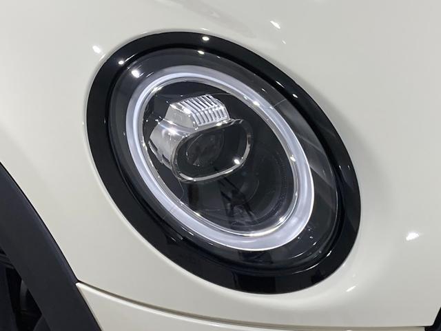 クーパーSD 車検整備付 弊社下取車 バックカメラ 前後センサー 禁煙車 前車追従機能 17インチAW ブラックホイール 衝突軽減ブレーキ Bluetooth/USB LEDヘッドライト ブラックライトリング(11枚目)