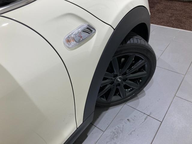 クーパーSD 車検整備付 弊社下取車 バックカメラ 前後センサー 禁煙車 前車追従機能 17インチAW ブラックホイール 衝突軽減ブレーキ Bluetooth/USB LEDヘッドライト ブラックライトリング(39枚目)