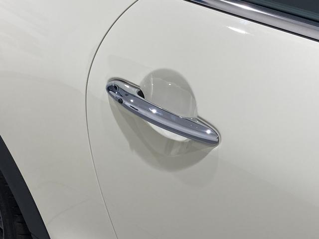 クーパーSD 車検整備付 弊社下取車 バックカメラ 前後センサー 禁煙車 前車追従機能 17インチAW ブラックホイール 衝突軽減ブレーキ Bluetooth/USB LEDヘッドライト ブラックライトリング(42枚目)