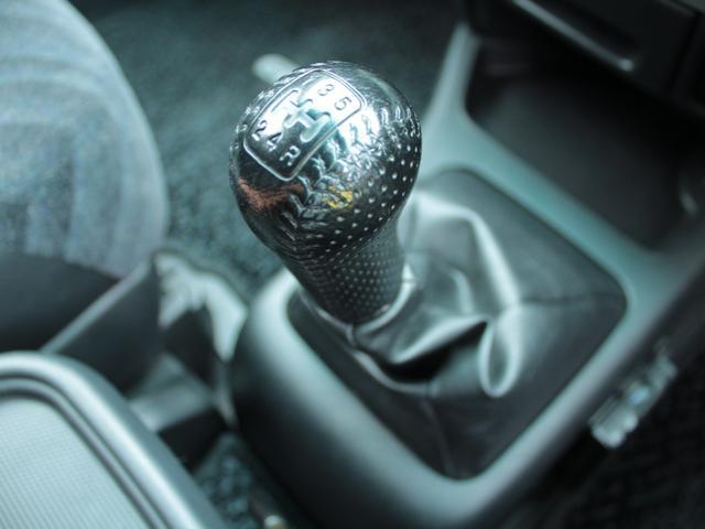 パフォーマiL4WD 5速MT 禁煙 外ナビTV Bトゥース(13枚目)