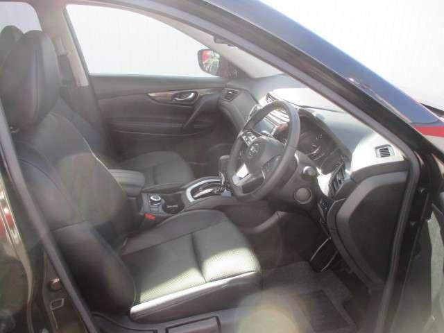 20Xi 全周囲モニター 衝突被害軽減システム メモリナビ 4WD アルミホイール バックモニター インテリキー アイドリングストップ ナビTV キーレス 盗難防止システム 試乗車 レーンアシスト ABS(5枚目)