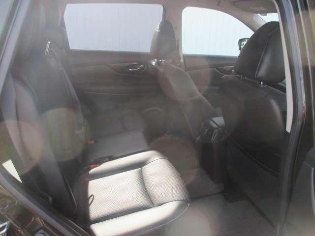 20Xi 全周囲モニター 衝突被害軽減システム メモリナビ 4WD アルミホイール バックモニター インテリキー アイドリングストップ ナビTV キーレス 盗難防止システム 試乗車 レーンアシスト ABS(6枚目)