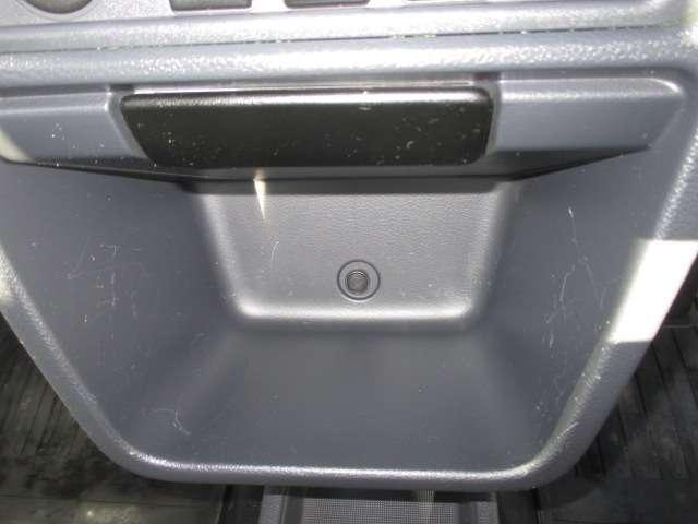 660 DX 4WD ※5速マニュアル・三方開※ エアバック付 パワステ付 記録簿付き A/C 4WD(11枚目)