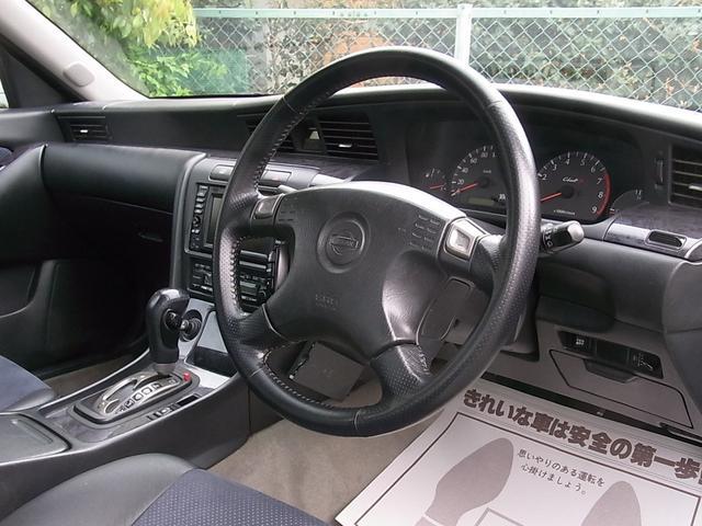 日産 ローレル クラブSターボタイプX 後期型 半黒革 HID スポーツサス