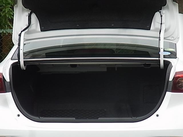 ハイブリッド-S Lパッケージ i-ACTIVSENSE装着車 ナビTV ETC バックカメラ DVD再生 BOSE アドバンストキー 黒本革シート シートヒーター 社外AW HID オートライト クルコン セキュリティー 1年保証(19枚目)