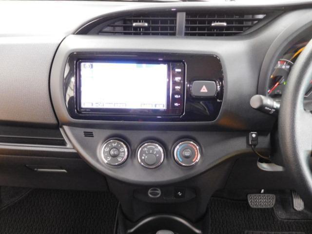 トヨタ ヴィッツ 1.3F LEDエディション ナビ