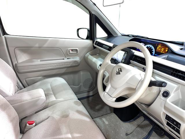 ハイブリッドFX ・衝突被害軽減システム・ナビ・フルセグ・シートヒーター・プッシュスタート・Bluetooth・オートエアコン・ETC・オートライト・ヘッドアップディスプレイ・ABS・アイドリングストップ・禁煙車(11枚目)