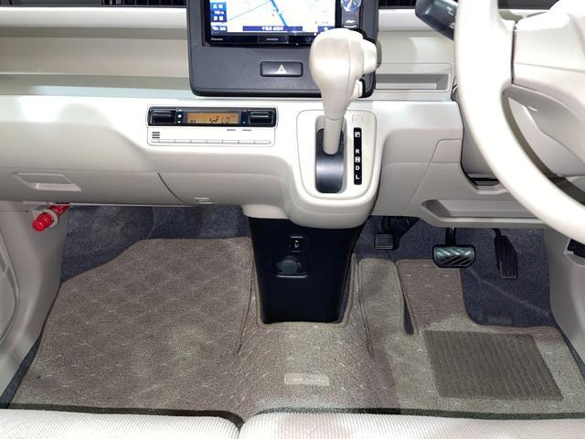ハイブリッドFX ・衝突被害軽減システム・ナビ・フルセグ・シートヒーター・プッシュスタート・Bluetooth・オートエアコン・ETC・オートライト・ヘッドアップディスプレイ・ABS・アイドリングストップ・禁煙車(27枚目)