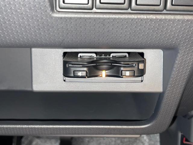 Gターボ ・ターボ車・衝突被害軽減システム・ナビ・ワンセグ・バックモニター・シートヒーター・プッシュスタート・HIDヘッドライト・Bluetooth・オートエアコン・ETC・ルーフキャリア・禁煙車(18枚目)