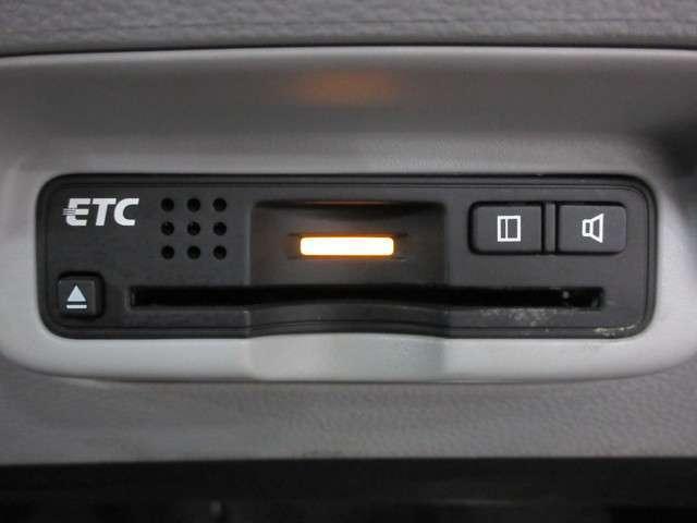 高速道路をスイスイと通れるETCも装備しております!時間帯によっては更に大変お得です♪