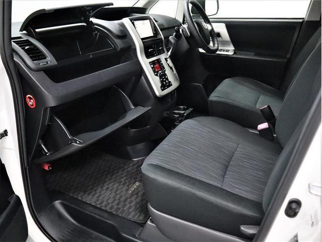 ZS 4WD 両側電動スライド アルミホイール メモリーナビ フルセグ 後席モニター DVD再生 バックカメラ ミュージックプレイヤー接続可 HIDヘッドライト ワンオーナー スマートキー 盗難防止装置(11枚目)
