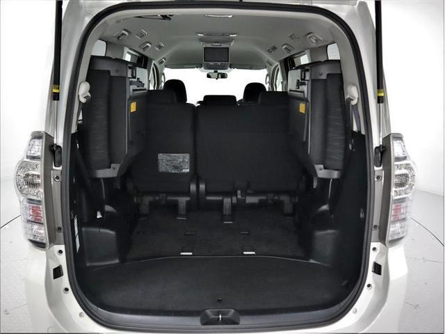 ZS 4WD 両側電動スライド アルミホイール メモリーナビ フルセグ 後席モニター DVD再生 バックカメラ ミュージックプレイヤー接続可 HIDヘッドライト ワンオーナー スマートキー 盗難防止装置(15枚目)