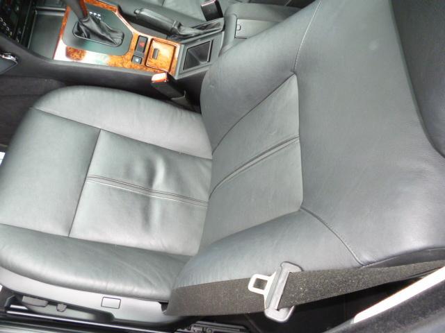 BMW BMW 525iツーリングハイラインパッケージ