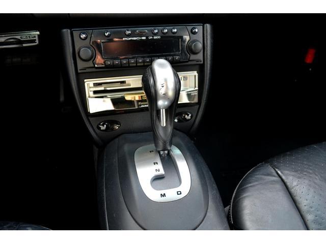 ポルシェ ポルシェ 911カレラ4 ナビ ETC 左ハンドル 革シート 4WD