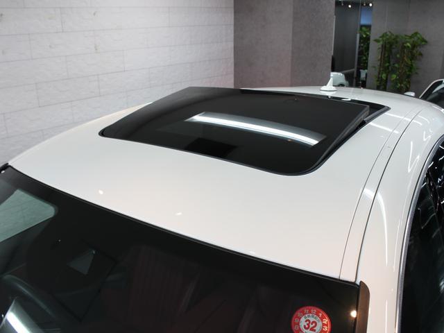 「マセラティ」「マセラティ レヴァンテ」「SUV・クロカン」「東京都」の中古車28