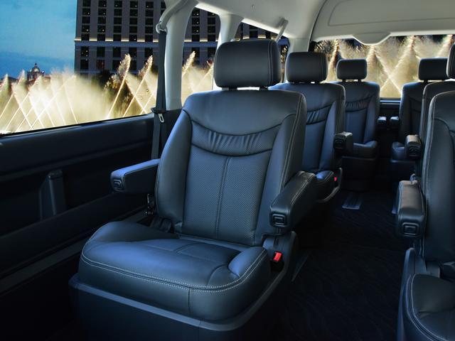 トヨタ ハイエースワゴン グランドキャビン キャプテンシート6脚 コンフォート