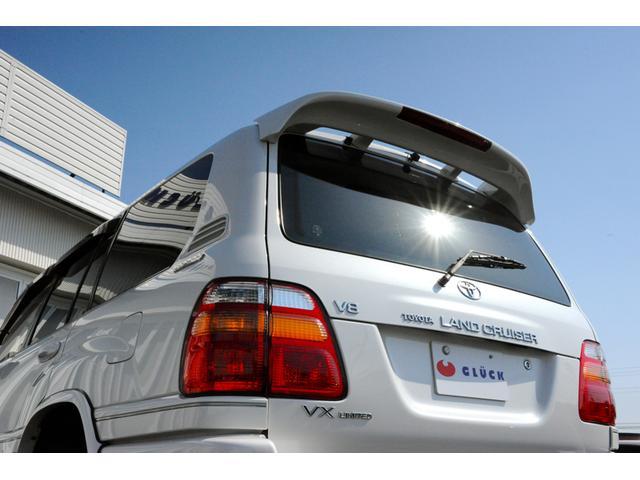 トヨタ ランドクルーザー100 VXリミテッド 誕生50周年記念特別仕様車 5人乗り