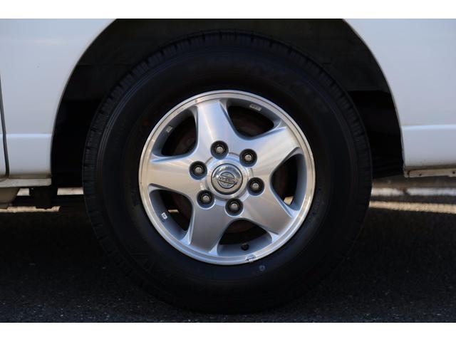 日産 キャラバン ロングDX 軽油ターボ 切替式4WD NOx適合 5ドア低床