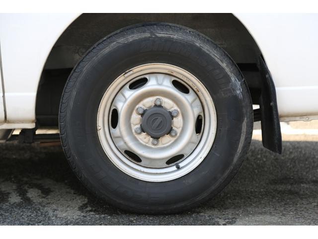 日産 キャラバン ロングDX 軽油ターボ 4WD 5ドア HDDナビ キーレス