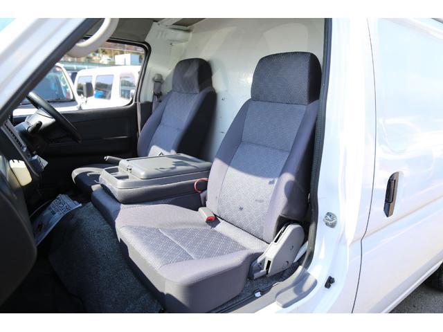 ロングDX 軽油ターボ 切替式4WD 保冷車 ナビ Bカメラ(14枚目)