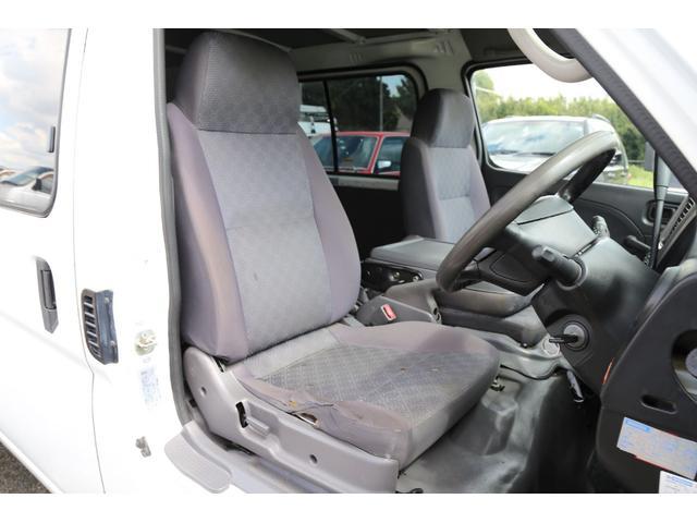 ロングDX 軽油ターボ 切替式4WD パネルバン ナビ(13枚目)