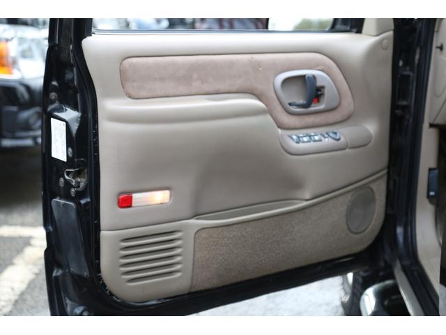 「シボレー」「シボレー サバーバン」「SUV・クロカン」「神奈川県」の中古車61