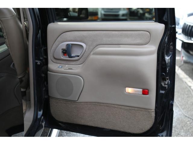 「シボレー」「シボレー サバーバン」「SUV・クロカン」「神奈川県」の中古車64
