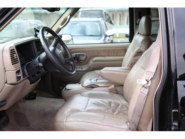 「シボレー」「シボレー サバーバン」「SUV・クロカン」「神奈川県」の中古車66