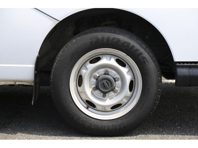 ロングDX ガソリン 5速AT 両側スライドドア 平床 プライバシーガラス サイドウィンドウ・バックドア(21枚目)