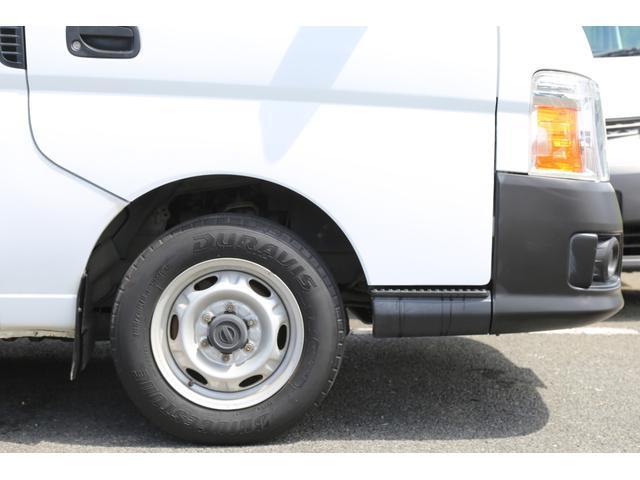 ロングDX ガソリン 5速AT 両側スライドドア 平床 プライバシーガラス サイドウィンドウ・バックドア(25枚目)