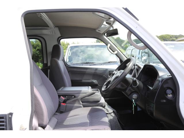 ロングDX ガソリン 5速AT 両側スライドドア 平床 プライバシーガラス サイドウィンドウ・バックドア(62枚目)