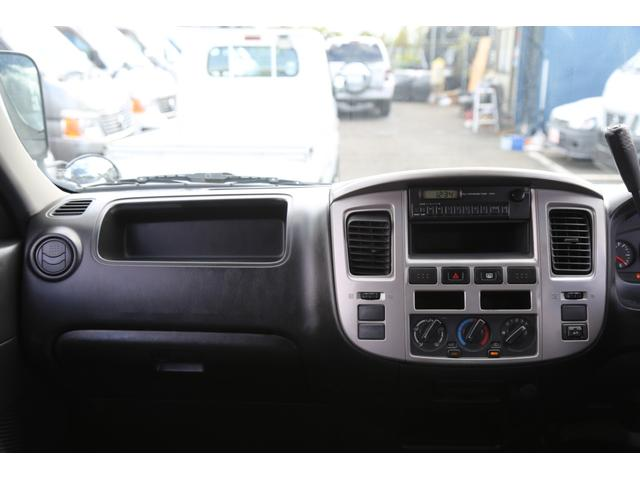 ロングDX ガソリン 5速AT 両側スライドドア 平床 プライバシーガラス サイドウィンドウ・バックドア(70枚目)