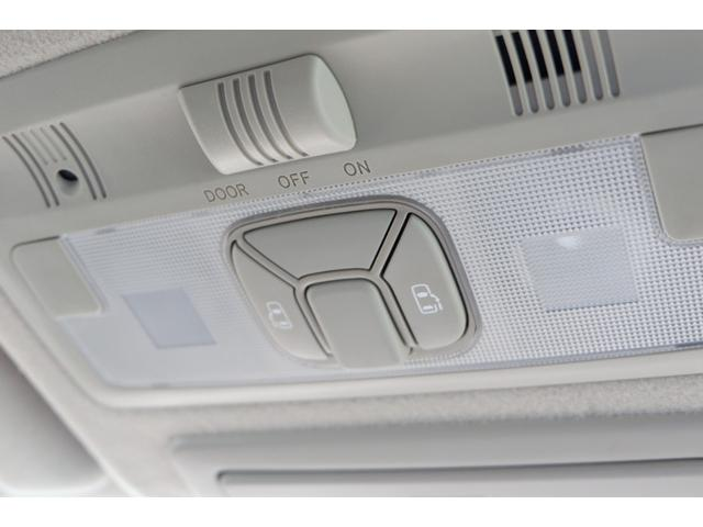 3.5アエラス Gエディション 4WD/中期型/3.5-V6/7人乗り/両側電動スライドドア/純正HDDナビ/DVDビデオ/フルセグTV/ミュージックサーバー/Bluetooth/ バックカメラ/純正フリップダウンモニター/禁煙車(25枚目)