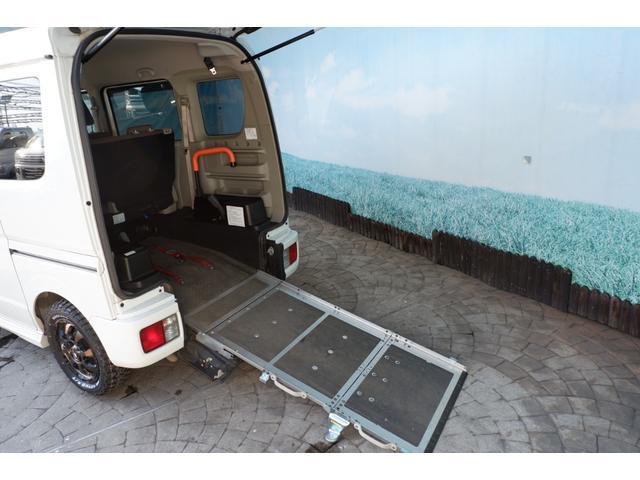 ウィズ車いす移動車 分割リアシート4WD 28年式/DA17W型/MADアルミホイール/MTタイヤ新品/スズキセーフティー衝突軽減ブレーキシステム装備(2枚目)