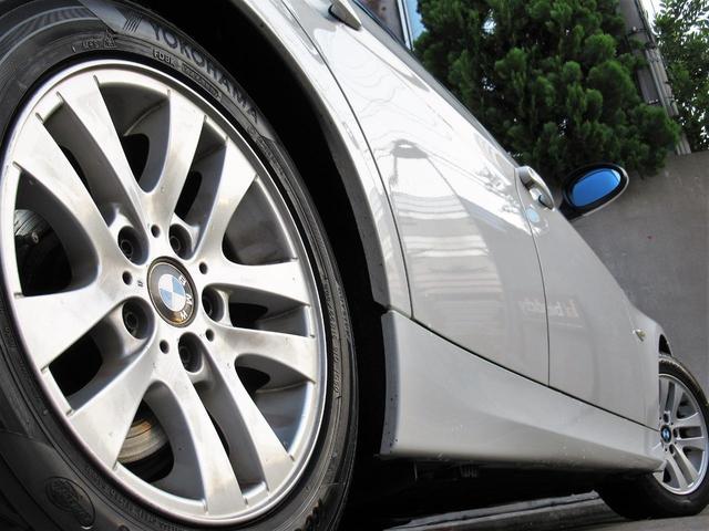 BMW BMW 320iハイライン6速MT黒革ナビETC禁煙ディーラー車