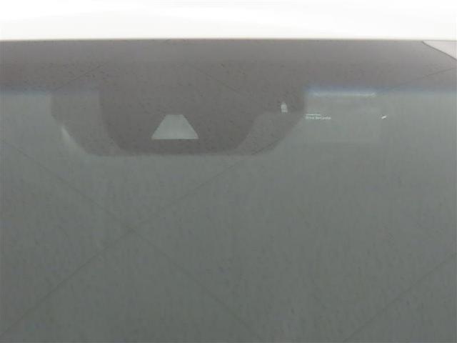 TOYOTA SAFETY SENSEは道路状況、車両状態、天候状態およびドライバーの操作状況などによっては、作動しない場合があります。プリクラッシュセーフティシステムはあくまで運転補助機能です。