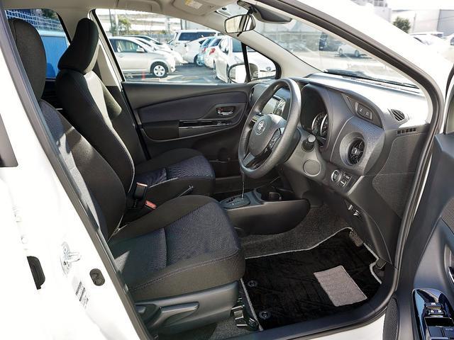 トヨタ ヴィッツ 1.3F LEDエディション自動ブレーキ禁煙ナビ地デジETC