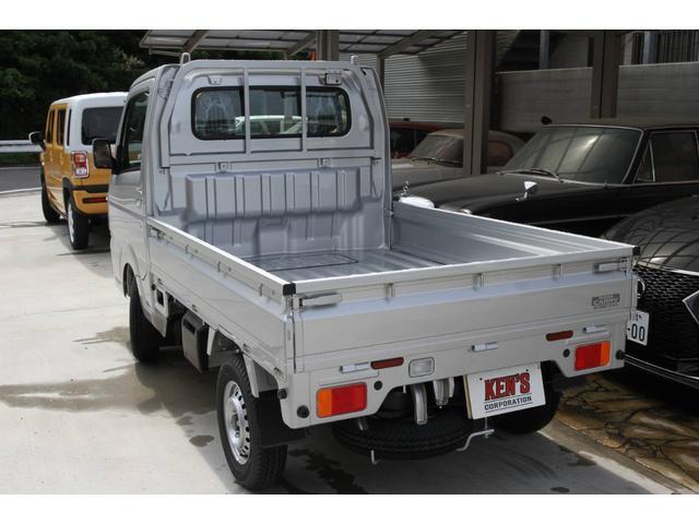 KX 3AT 届出済未使用車 マット付(7枚目)