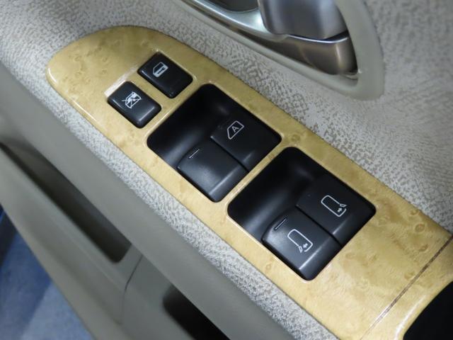 お車のご面倒な手続き(名義変更、車庫証明申請、廃車)もお気軽にご相談下さい。即日ご対応させて頂きます。