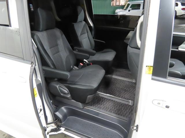 ZS /ワンオーナー車 パワースライドドア 社外ナビ 地デジ スマートキー HID パドルシフト(20枚目)