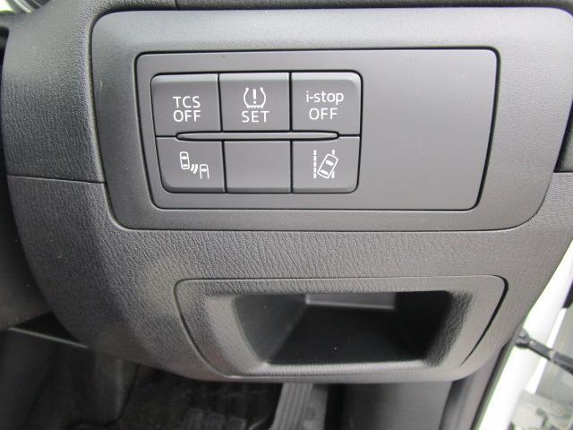 2.2 XD ディーゼルターボ 4WD LEDヘッドライト(11枚目)