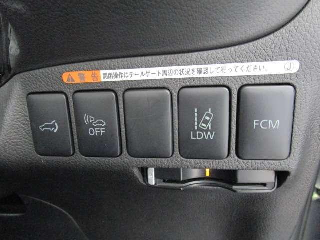 2000 Gナビパッケージ 4WD 5人乗り フロアシフト MMCSメモリーナビ・フルセグTV・サイドビューカメラ・バックビューカメラ・HIDヘッドランプ・フォグランプ・オートライト・電動Rハッチ・AC100V/1500W・クルコン・ETC・バッテリー残97%(17枚目)