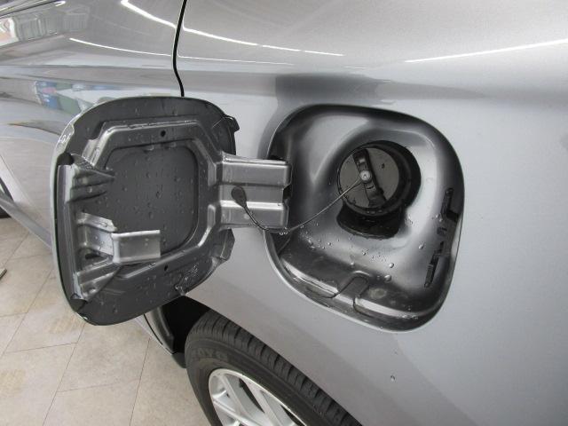 2000 Gナビパッケージ 4WD 5人乗り フロアシフト MMCSメモリーナビ・フルセグTV・サイドビューカメラ・バックビューカメラ・HIDヘッドランプ・フォグランプ・オートライト・電動Rハッチ・AC100V/1500W・クルコン・ETC・バッテリー残97%(48枚目)