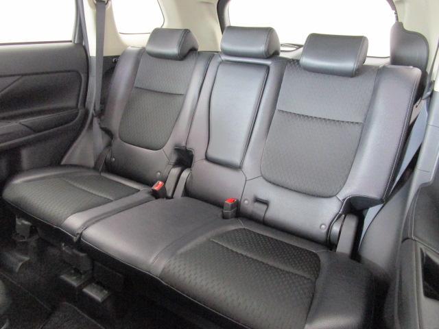 2000 Gナビパッケージ 4WD 5人乗り フロアシフト MMCSメモリーナビ・フルセグTV・サイドビューカメラ・バックビューカメラ・HIDヘッドランプ・フォグランプ・オートライト・電動Rハッチ・AC100V/1500W・クルコン・ETC・バッテリー残97%(79枚目)