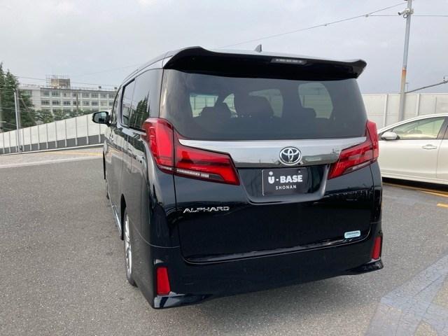 2.5S タイプゴールド 登録済未使用車 ディスプレイオーディオ コネクトナビ Bluetooth再生 後席モニター ETC2.0 衝突被害軽減ブレーキ インテリジェントクリアランスソナー スマートキー(3枚目)