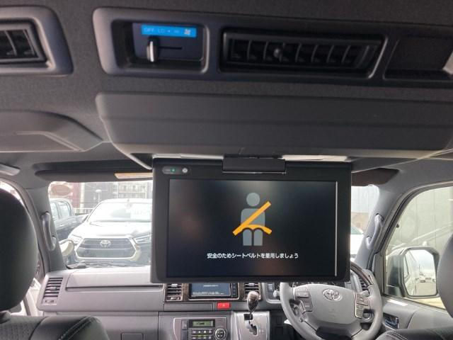 スーパーGL ダークプライム 登録済未使用車 TRDフルエアロ 純正メモリーナビ バックカメラ CD/DVD再生 Bluetooth再生 後席モニター ETC LEDヘッドランプ 衝突被害軽減ブレーキ ディーゼル(5枚目)