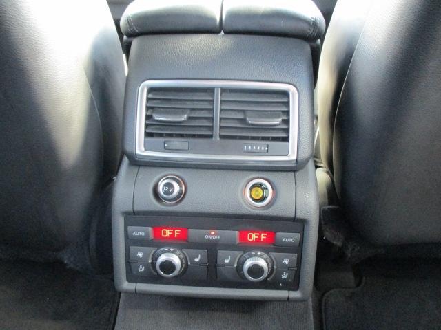 「アウディ」「Q7」「SUV・クロカン」「神奈川県」の中古車12