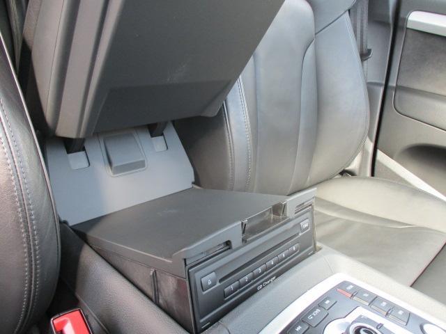「アウディ」「Q7」「SUV・クロカン」「神奈川県」の中古車13